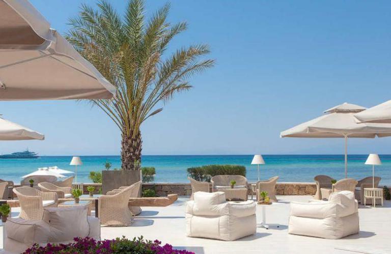 Sani Beach Hotel - terasa