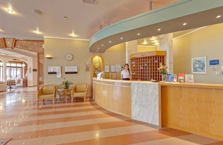 hotel Possidi Holidays&Suite - recepcija