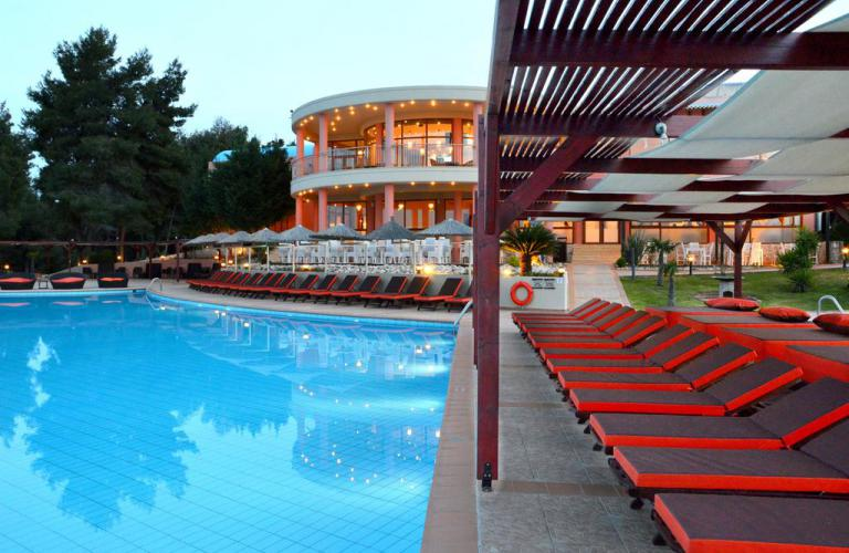 Hotel Alia Palace - bazen