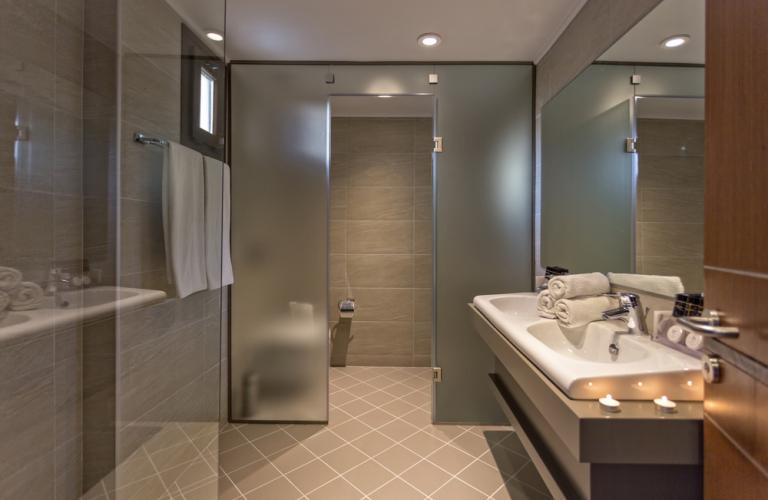 Hotel Lagomandra Hotel & Spa - Deluxe soba kupatilo
