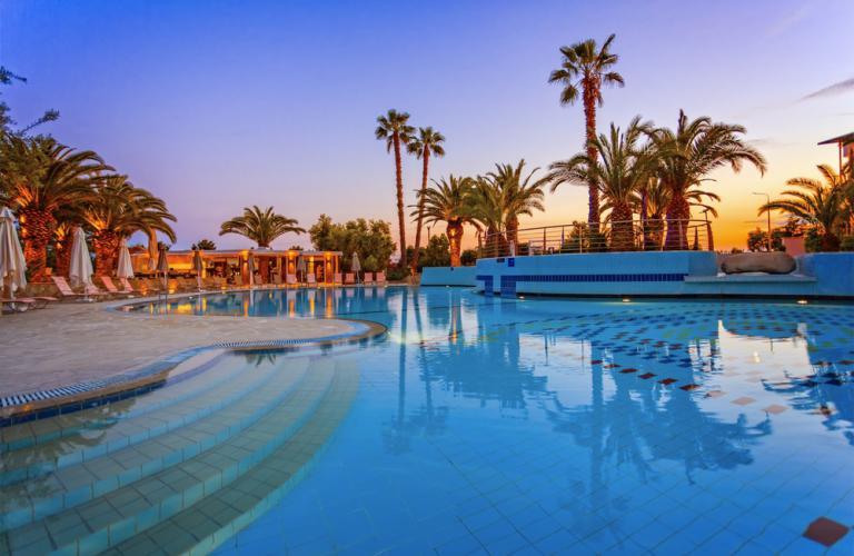 Hotel Lagomandra Hotel & Spa - Bazen