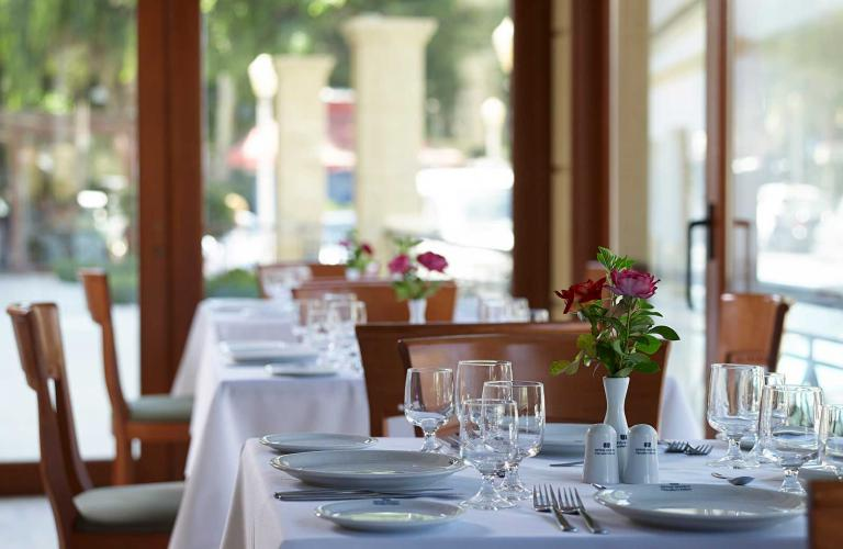Hotel Mitsis Petit Palais - Restoran
