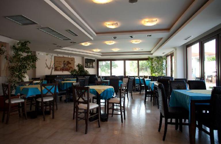hotel Toroni Blue Sea - restoran